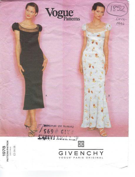 1996 Vintage VOGUE Sewing Pattern B34\