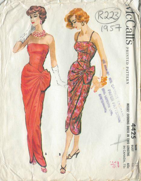 1957 Vintage Sewing Pattern DRESS B36\