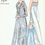 1960s-Vintage-VOGUE-Sewing-Pattern-B36-NIGHTGOWN-ROBE-1652-252397905713-2