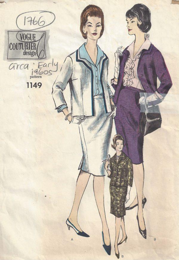 750505b808f9a9 1960s Vintage VOGUE Sewing Pattern B36 SUIT - BLOUSE SKIRT JACKET ...