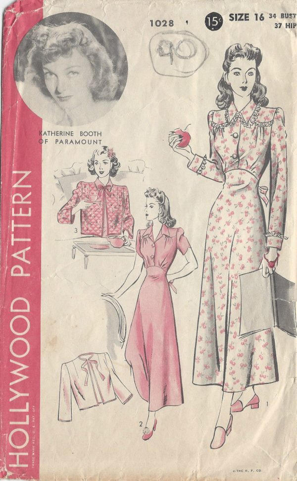 1940s Vintage Sewing Pattern NIGHTGOWN   BED JACKET B34